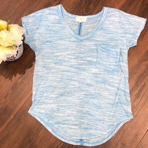 ❤️3 for $20- T-shirt with Detail on Back- Small